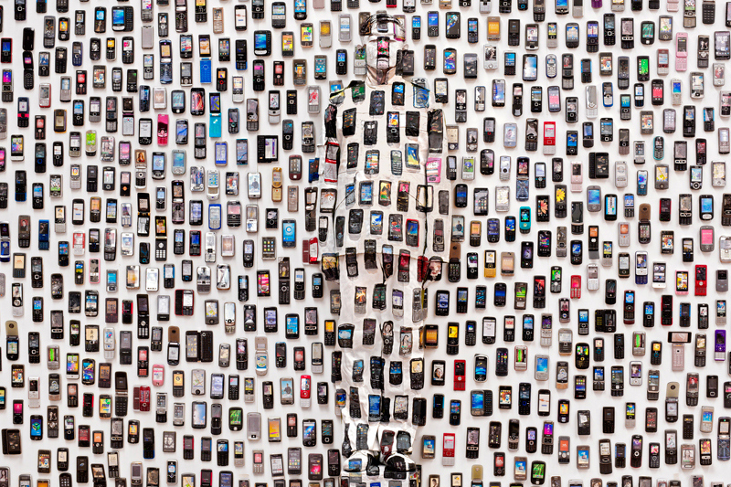 liu-bolin-hiding-in-the-city-exhibition-galerie-paris-beijing-1