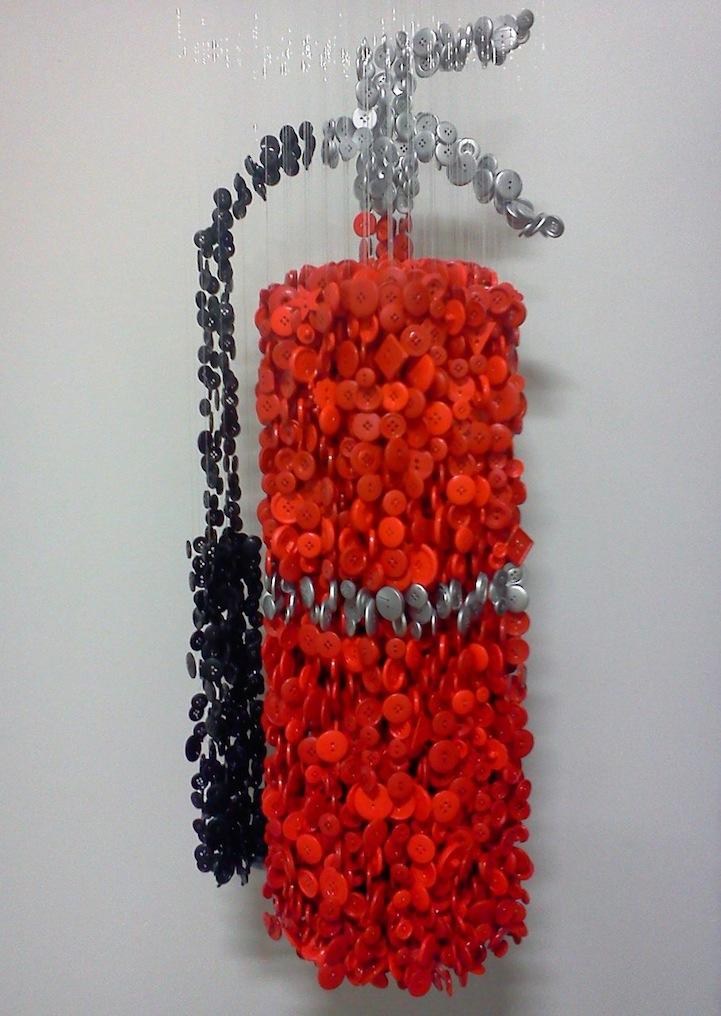 augustoesquivelbuttonsculptures10