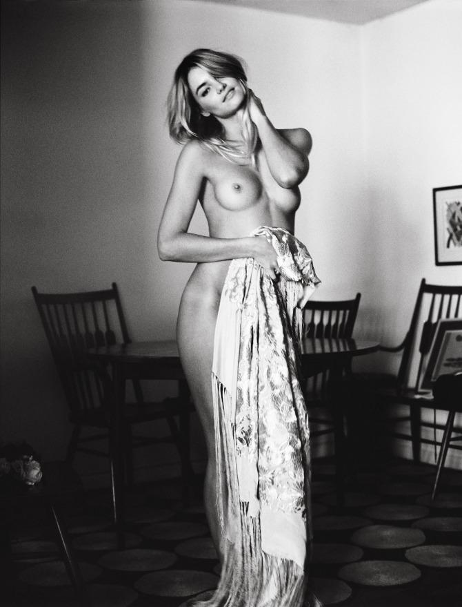 Jud tylor topless pics #1