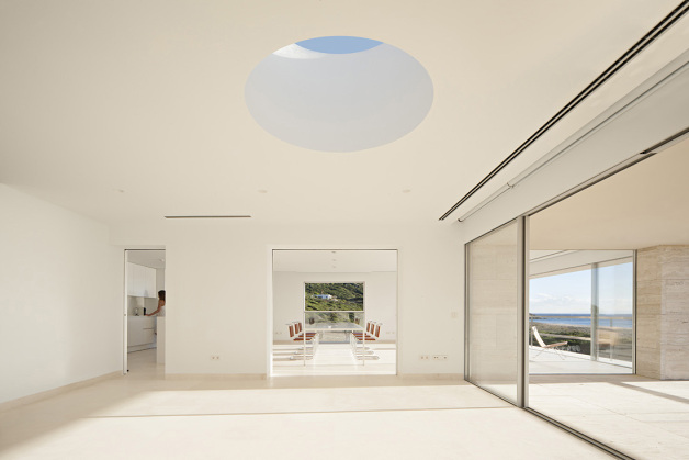 house-of-the-infinite-by-alberto-campo-baeza-12-630x419