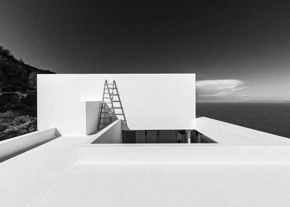Silver-House_Olivier-Dwek-Architectures_Kefalonia_Greece_dezeen_1568_5