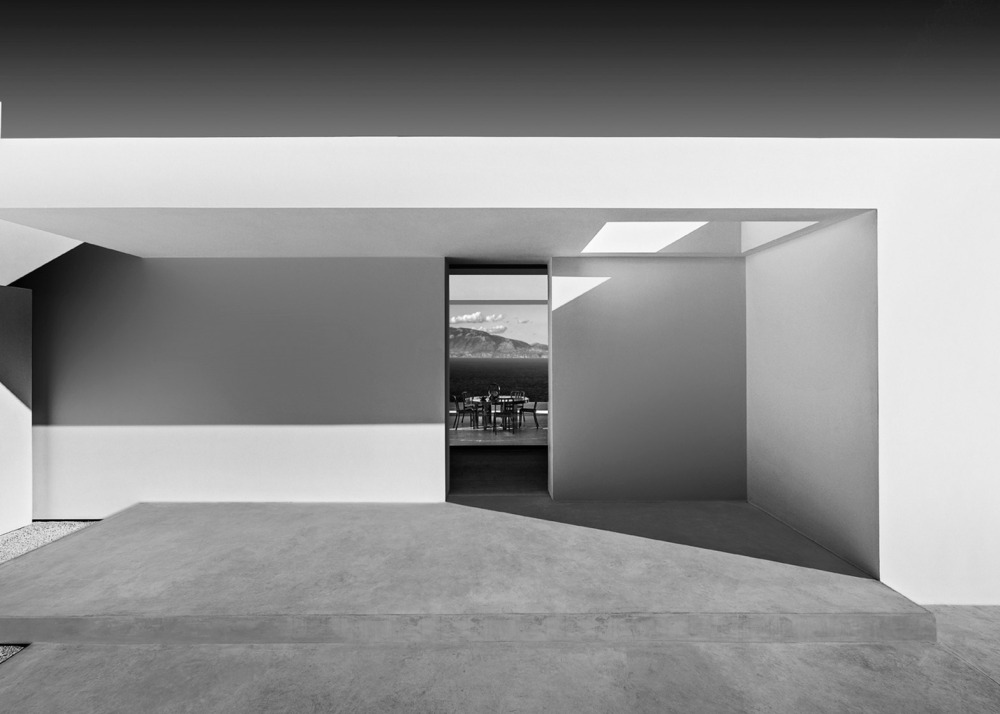 Silver-House_Olivier-Dwek-Architectures_Kefalonia_Greece_dezeen_1568_7