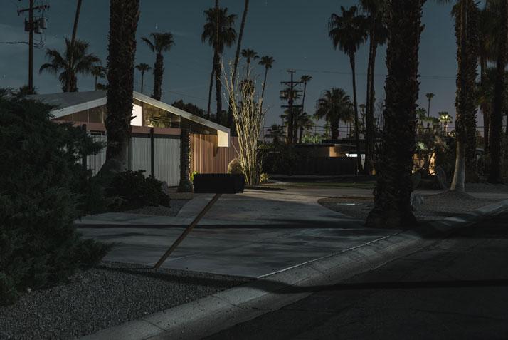 13_Midnight_Modern_by_Photographer_Tom_Blachford_yatzer