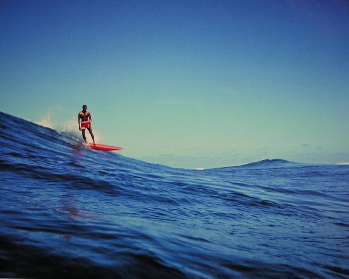 leroy-grannis-surfing-photo